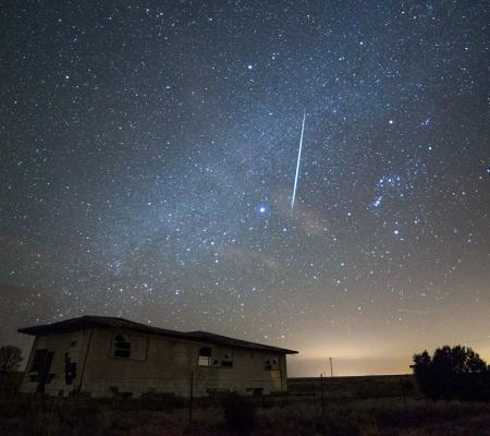 Fireball over Clines Corners, New Mexico, Dec. 14th2017 – © AmyM Howard
